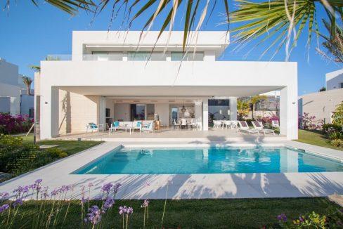Bellissima Villa a Rio Real con Vista Mare   Marbella